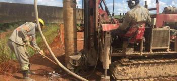 Estacas para reforço de fundação